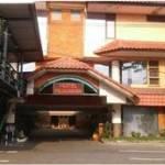 21. Hotel Pajajaran
