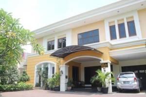 4. Gardena Homestay Kertajaya Surabaya