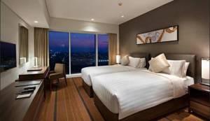3. Oakwood Hotel & Residence Surabaya