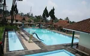 Evergreen Hotel & Village