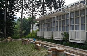 2. Bukit Cikahuripan Resort