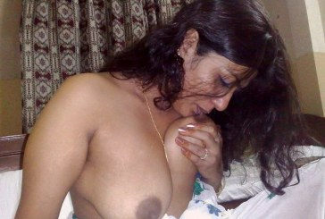 Indian MILF housewife showing and sucking lovely boobs and fingering pussy pics