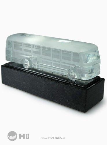 Miniaturowy pojazd - szklany autobus Ogórek - nagroda, prezent, statuetka okolicznościowa