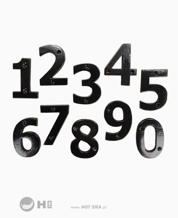 Stalowa cyfra na drzwi, oznaczenie pomieszczenia, oznaczenie domu, oznaczenie mieszkania.