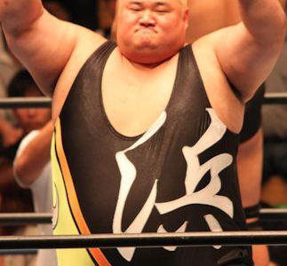 浜亮太は引退するの?ちゃんこ鍋が凄い!身長や体重を調査!