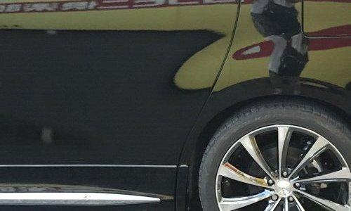 車のこすり傷をカーコンビニで修理した!塗装や板金の料金はいくら?