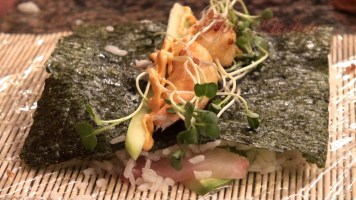 Hot Kitchen Sushi Roll Recipe Demonstration