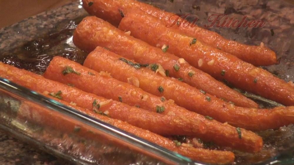 Hot Kitchen Roasted Fingerling Carrots Recipe Demonstration