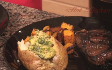 Hot Kitchen Flamin Jack Daniels Steak, Savory Caramel, Broccoli Cheddar Baked Potato, Glazed Butternut Squash Recipe Demonstration