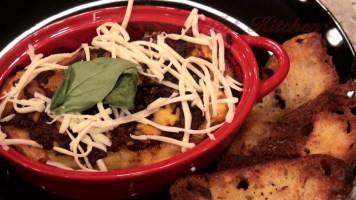 Hot Kitchen Gorgonzolla Manicotti Recipe Demonstration