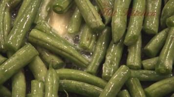 Hot Kitchen Italian Style Green Beans Recipe Demonstration