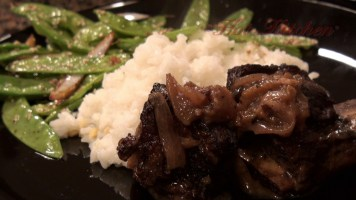 Hot Kitchen - Beef Short ribs in Spicy Plum Sauce, Sesame Peas, Ginger Scented Rice Recipe Demonstration