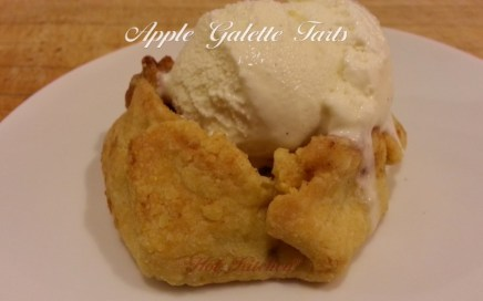 Mini Apple Galette Tart Recipe A'la Mode