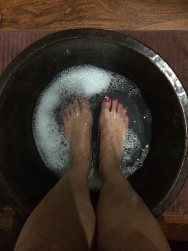 Starting the treatment with a foot soak