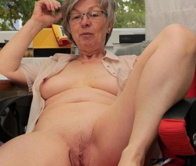 Naked Mature Women With Gray Hair