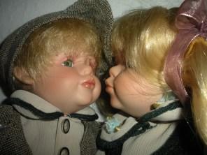 porcelain-dolls-boy girl