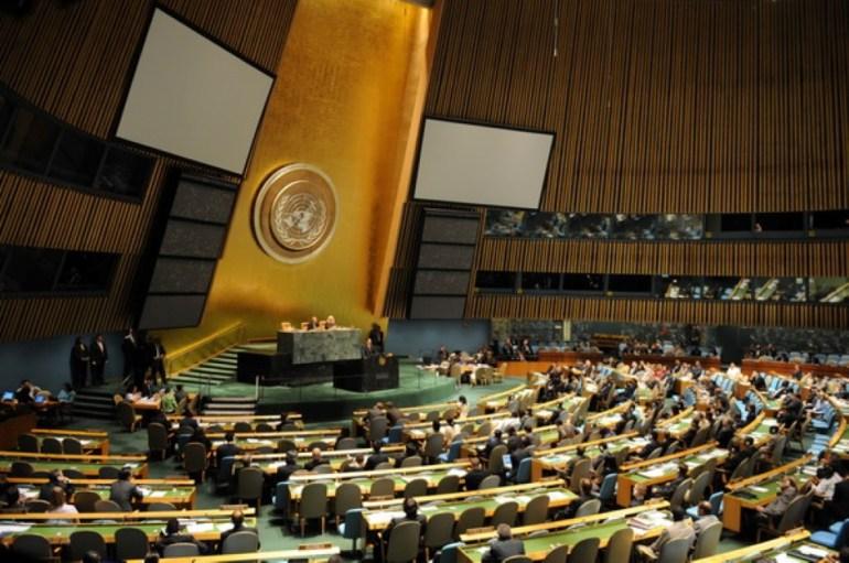 报应来了!联合国会场正义一幕,70国逼宫美国,中方态度十分鲜明