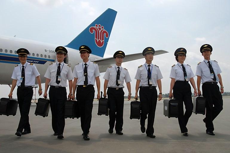 """400名飞行员""""奔向""""中国,放话绝不回国,韩国:走了就别回来"""