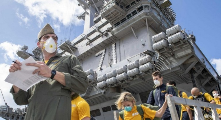 美军又出事了,286名船员被感染,英国追加200亿美元军费