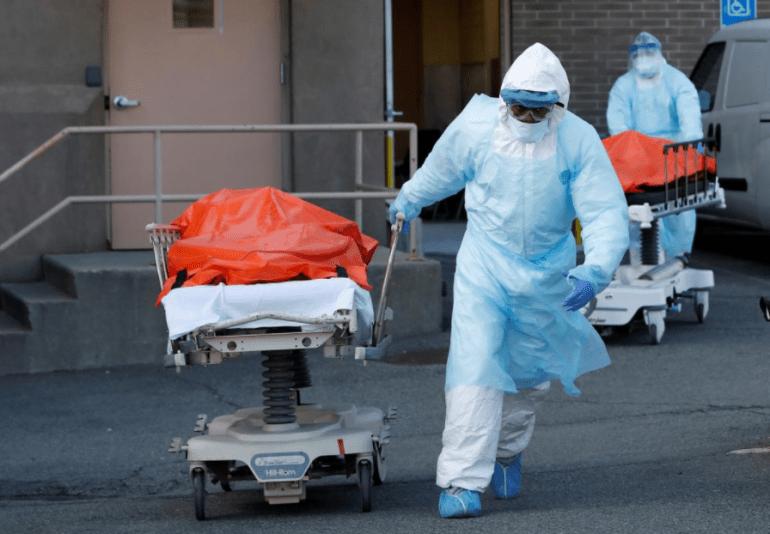 美教授强文:疫情扩大美国对华优势,因为美国不怕死人