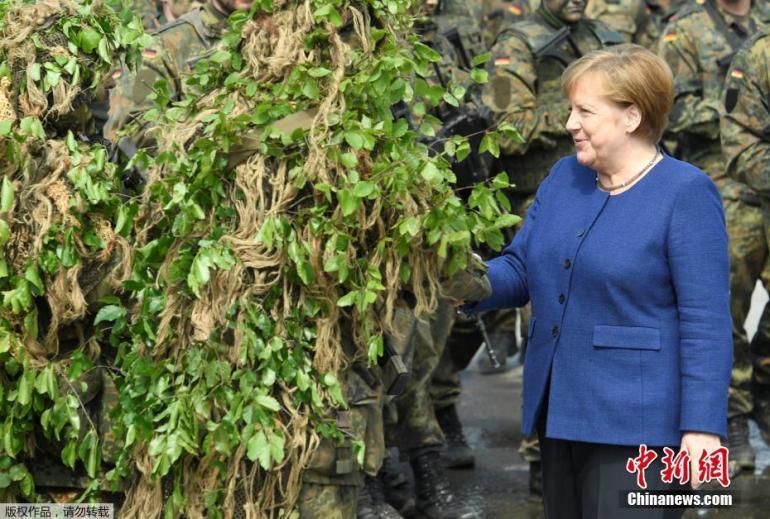 默克尔厉声警告德国社会:别只想着解封,我们在与病毒进行战争