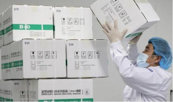 好不容易盼到中国疫苗,转身却夸印度疫苗更好,这是什么操作?