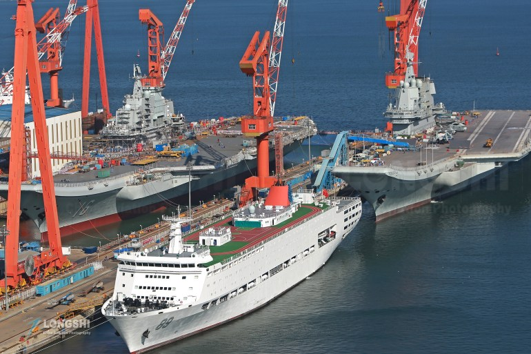 解放军舰队抵近北美,055大驱一马当先,对等威慑巡航,航母可期