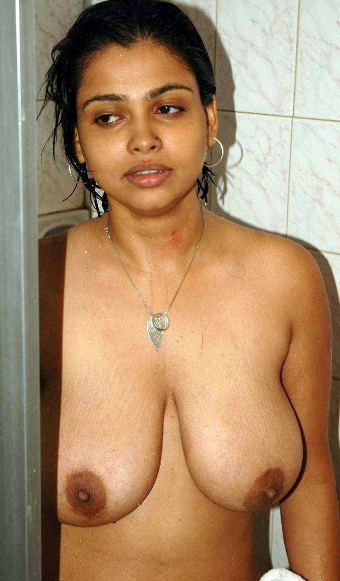 aunty naked to mom
