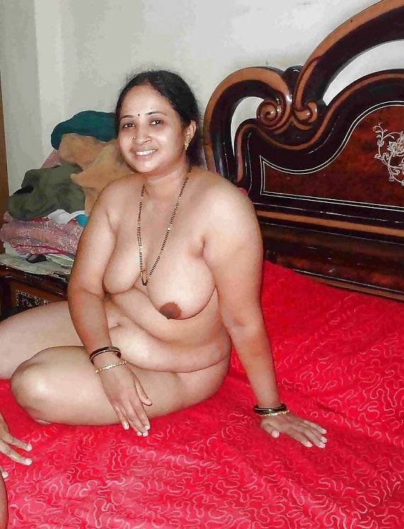 Hot-Indian-Aunties-Nude-Photos-Collection-3Bc13