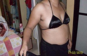Tamil aunty transparent blouse petticoat bra