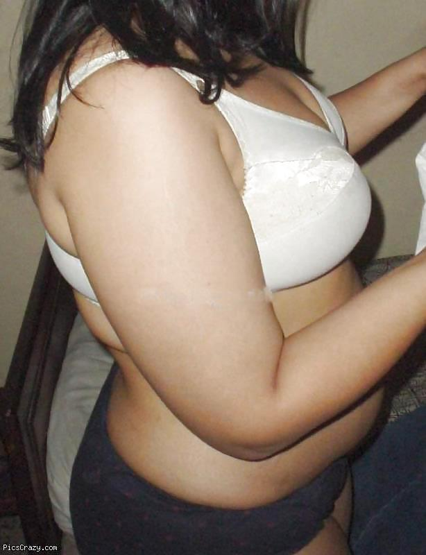 Hindustan aunties n ladies with big boobs under bra | Desi ...