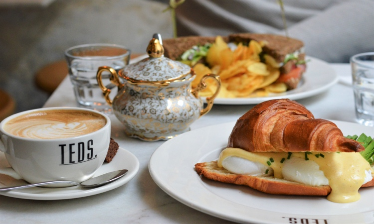 TEDS UTRECHT: ALL DAY EVERY DAY BRUNCH CAFÉ