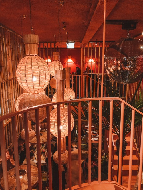 HULA HULA AMSTERDAM: COCKTAILS EN FINE DINING IN TROPISCHE ALOHA VIBE