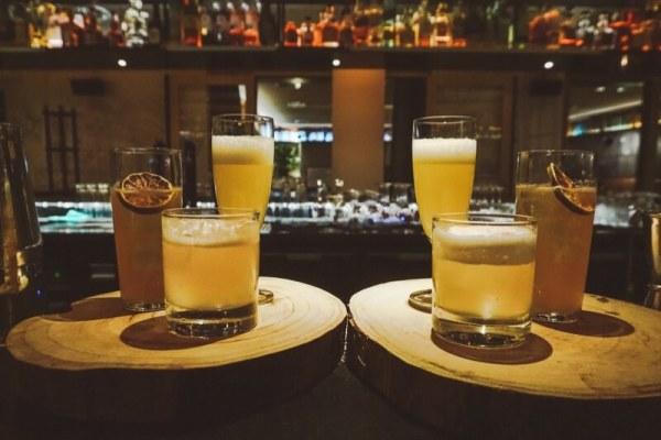 PRESSROOM AMSTERDAM: COCKTAILS NIPPEN EN FIJN DINEREN BIJ HET INK HOTEL