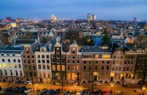 amsterdam canals evening