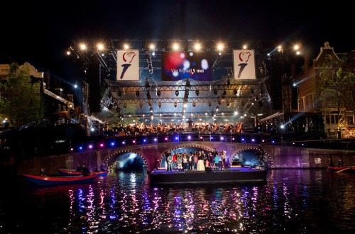 5 May concert Amsterdam Amstel River