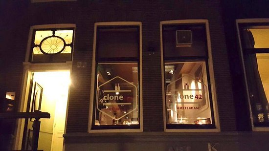 Charming new wine bar: Clone 42
