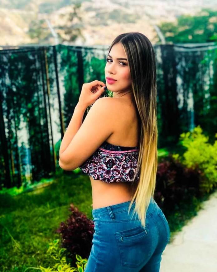Isabella Marin HotSweetHome.com