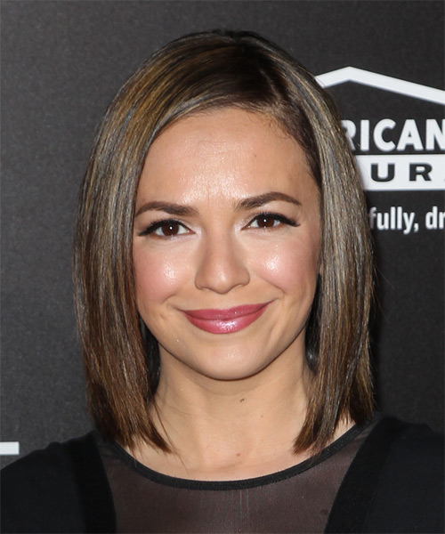 vanessa-martinez-medium-straight-bob-hairstyle