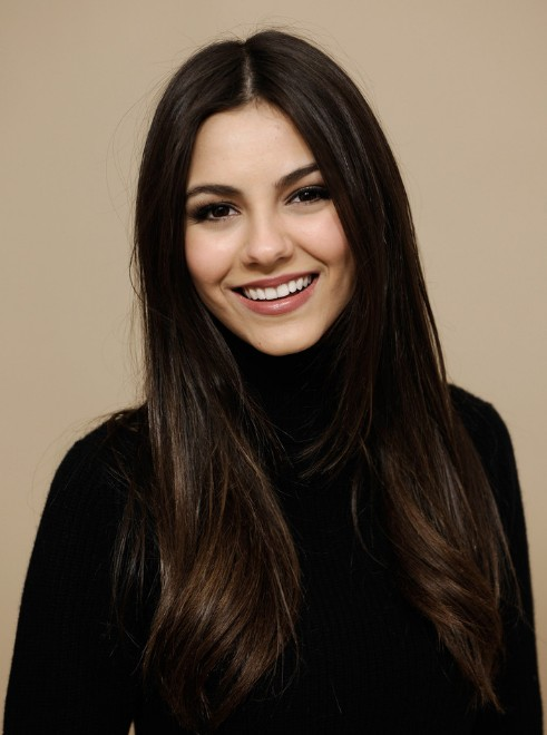 long-dark-middle-part-hairstyle