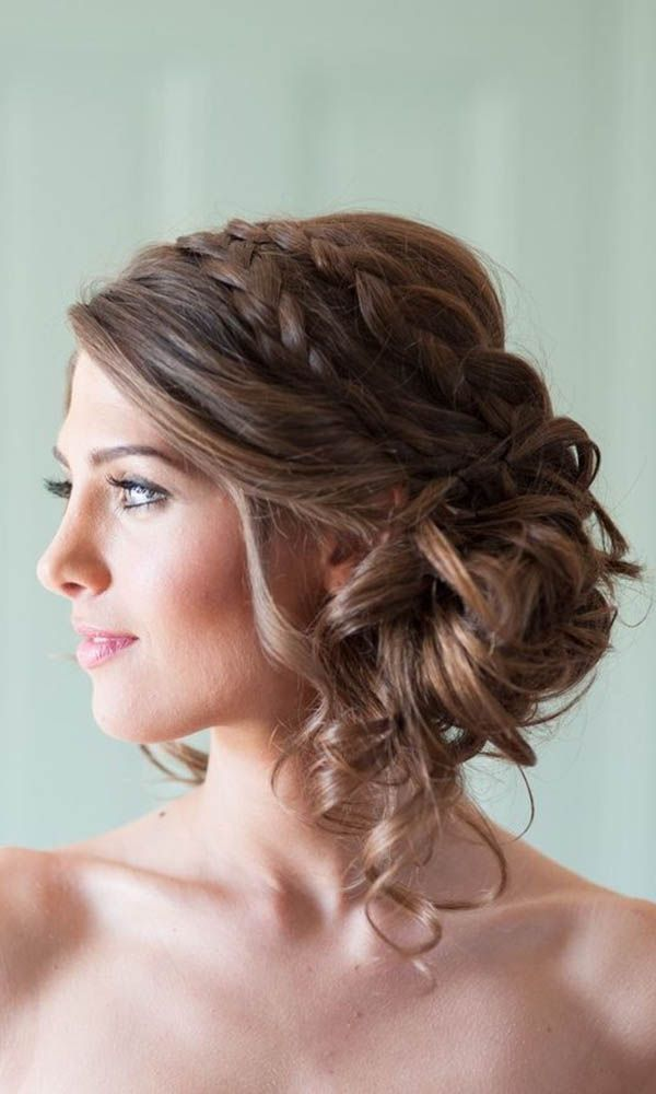 35 Elegant Wedding Hairstyles For Medium Hair   Haircuts     lovely wedding hairstyles for medium hair