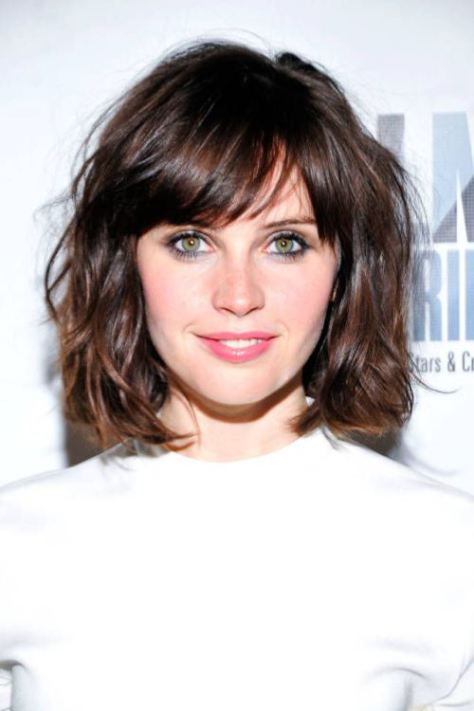 messy-middle-curls-with-side-bangs