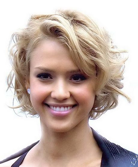 short-hairstyles-for-thick-wavy-hair