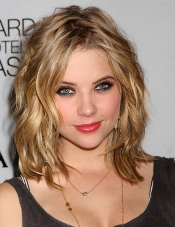 25 Most Superlative Medium Length Layered Hairstyles - Hottest ...