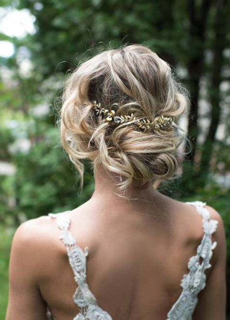 Low Updo Shinny Leaf Hairpiece