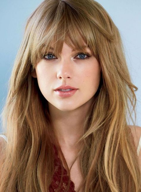 Taylor Swift Blonde Hair with Bangs