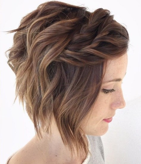 Wavy Bob with Twisted Bangs