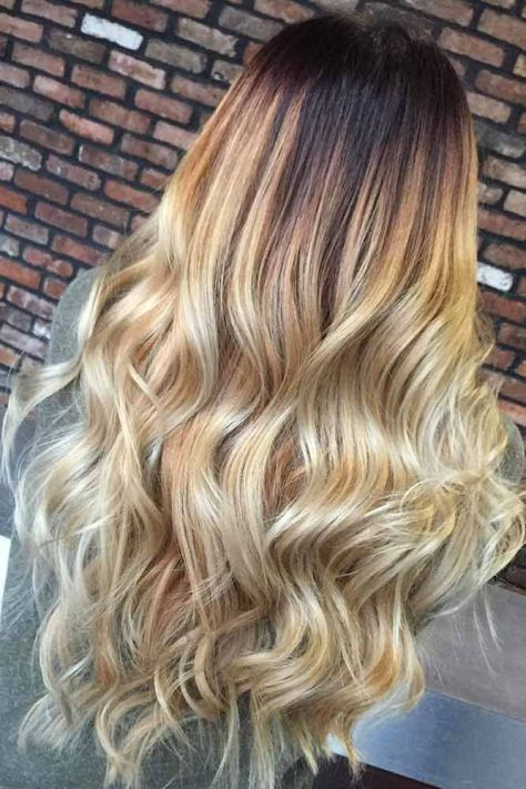 Long Blonde Wavy Hairstyle