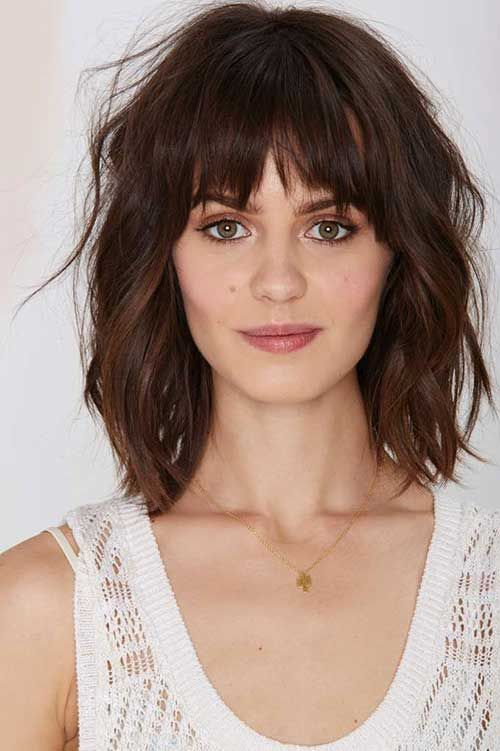 Messy Wavy Medium Bob with Bangs