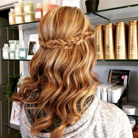 Cool Homecoming Hairstyles for Long Hair To Glam Your Look